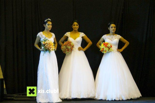 Noivas, durante desfile na Expo Festas e Eventos do Sertão